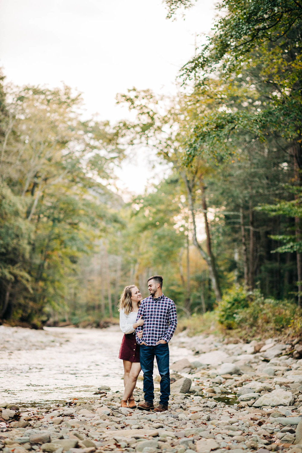 sullivan-falls-fall-engagement-8534.jpg