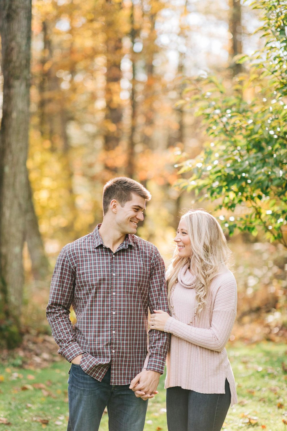 lewisburg-fall-engagement-session-8381.jpg