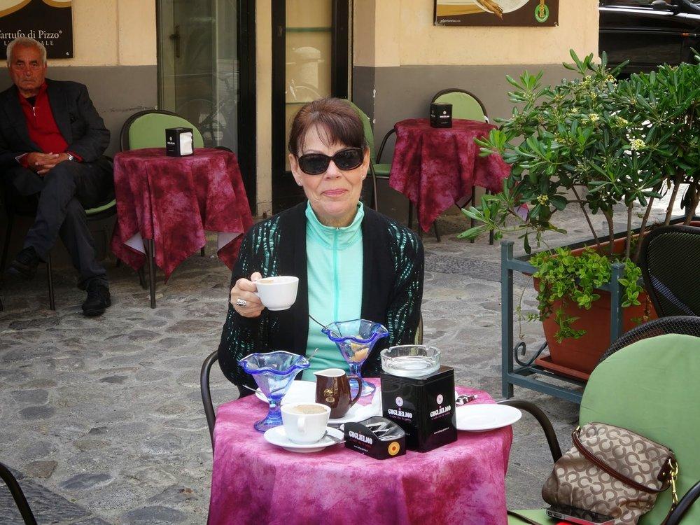 Cafe-de-Paris.JPG