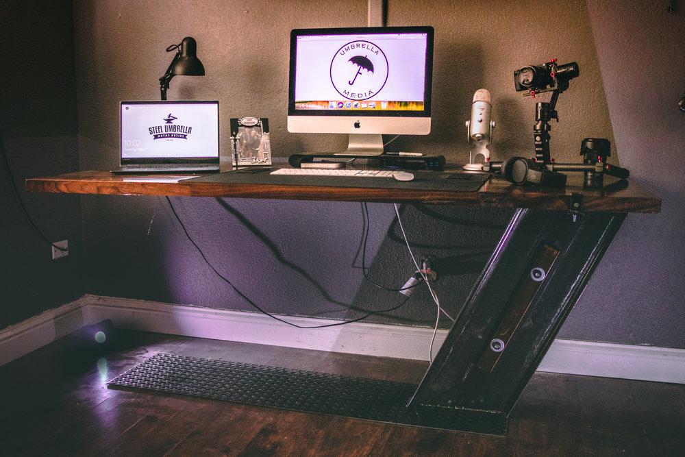 Jons new desk!