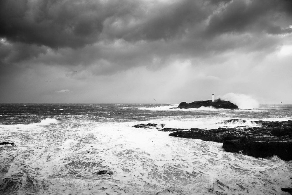 www.iaincrockart.com_landscape-Iain-Crockart-Storm-2.jpg