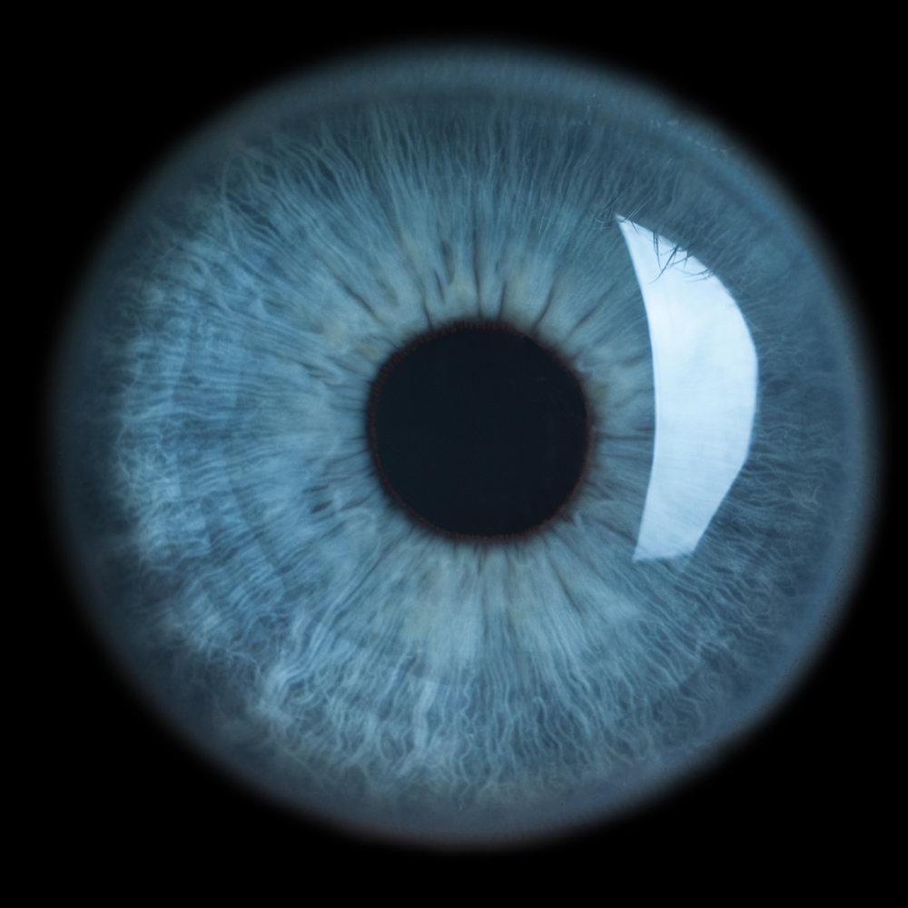 iaincrockart-eye-blue-72dpi.jpg