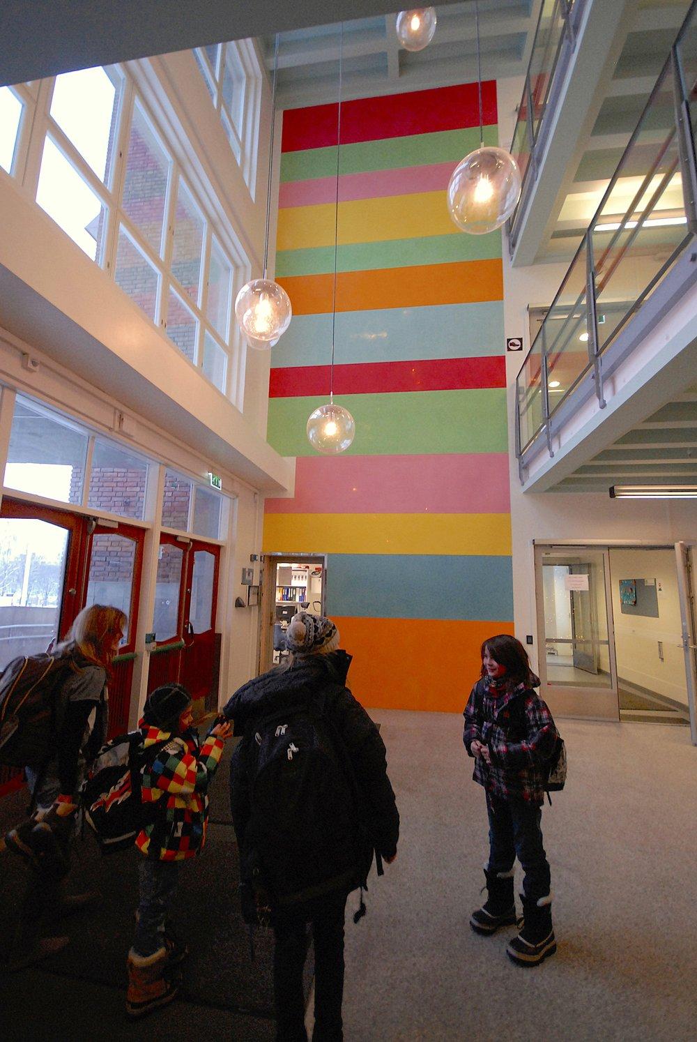 Lollipop . 2009. Marienlyst barneskole. Oslo. Marmorino.