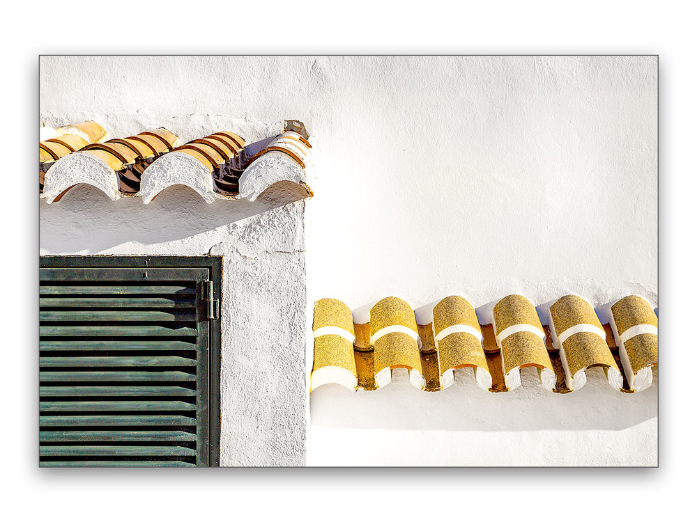 Yellow Roof Bricks - 40 x 30 cm € 65,-60 x 45 cm € 95,-90 x 60 cm, € 175,-Limited edition of 106 of 10 available