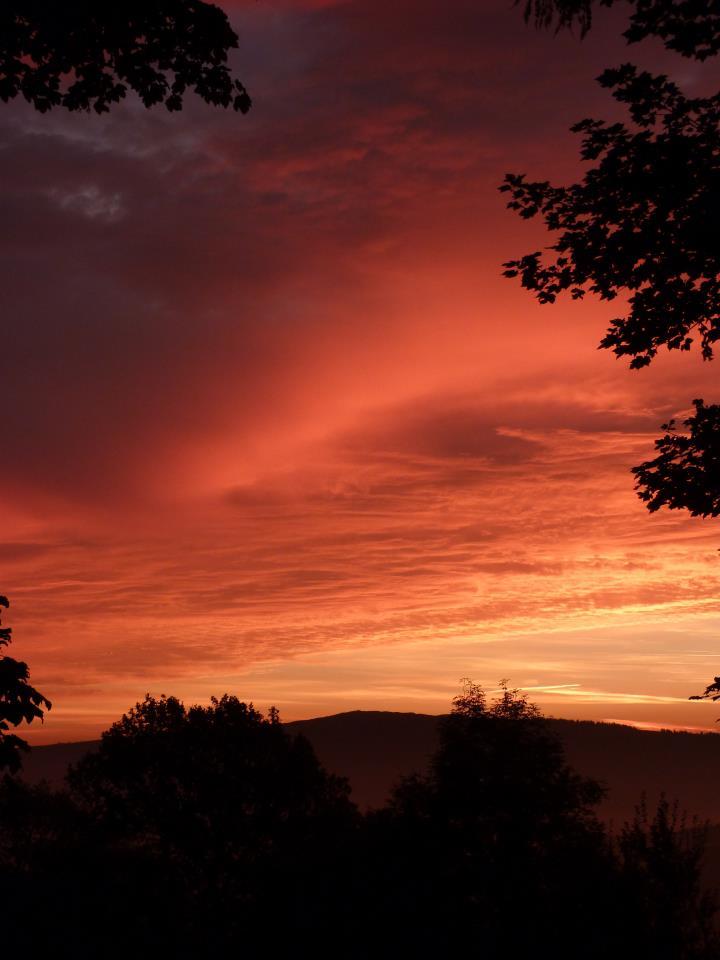sun rise over Llanwrthyll.jpg