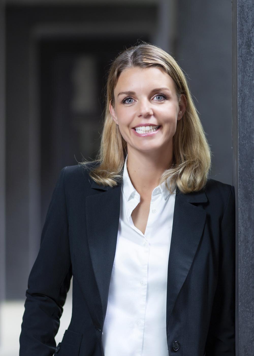Porträt Julia Deisen