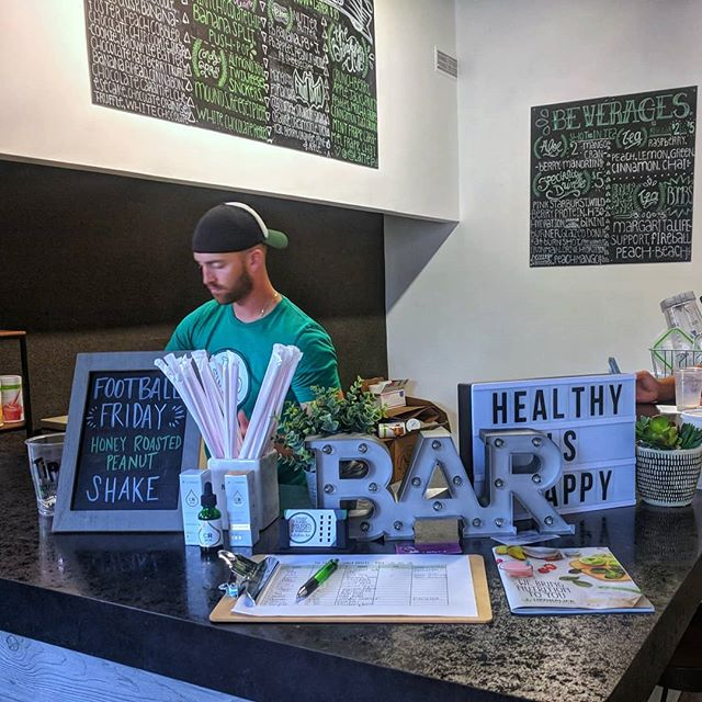 Have you heard about the new spot that opened up inside Powerhouse Gym? The Yard Nutrition Bar is slinging protein shakes and smoothies right in downtown. I recommend the banana nut bread! . . . . . . . . . . #awesomeelyria #downtownelyria #downtown #elyriacatholic #powerhouse #powerhousegym #supportlocal #shopsmall #eatlocal or is it #drinklocal ? @theyardnutritionbar