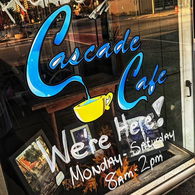 Cascade Cafe was packed for the cash mob Saturday morning, but they have awesome breakfast and lunch 6 days a week! Local businesses like this are essential in a thriving downtown, stop in and say hi! . . . . . . . . . . #awesomeelyria #elyriathebeautiful #elyriaohio #downtown #downtownelyria #eatlocal #coffeeshop #smalltownusa #supportlocal