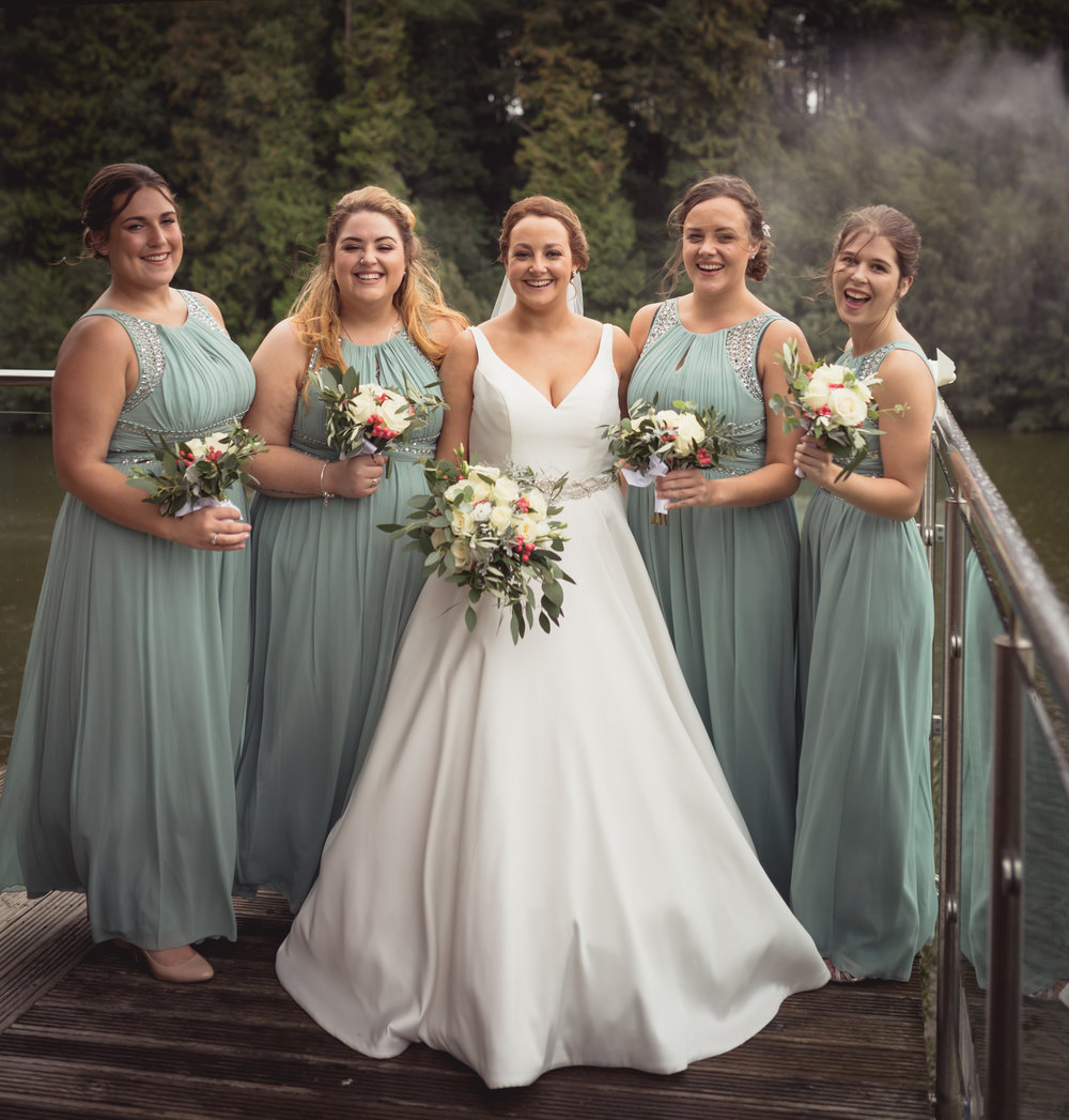 Photograph at Canada Lodge of a bride with her four bridesmaids