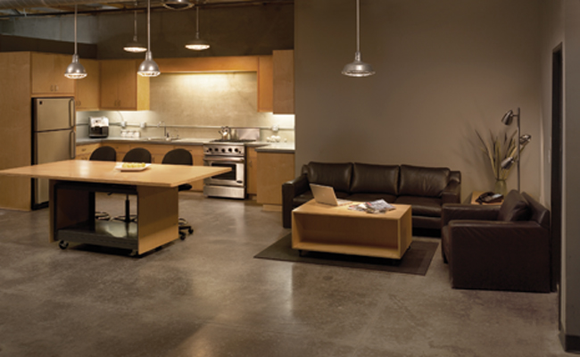 kitchen-lounge-sm.jpg