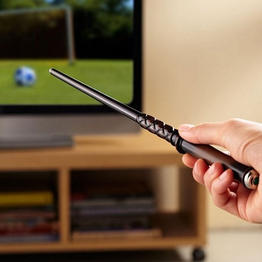 magic-wand-tv-remote-640x534.jpg