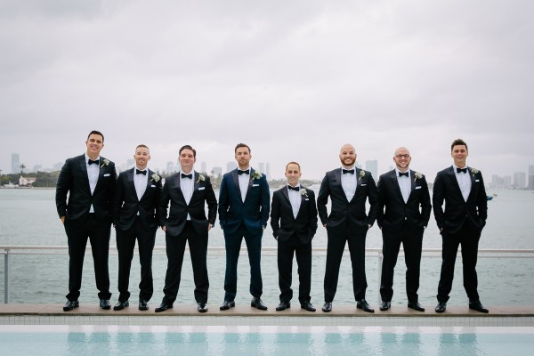 Groom-and-Groomsmen-in-Navy-Black-600x400.jpg