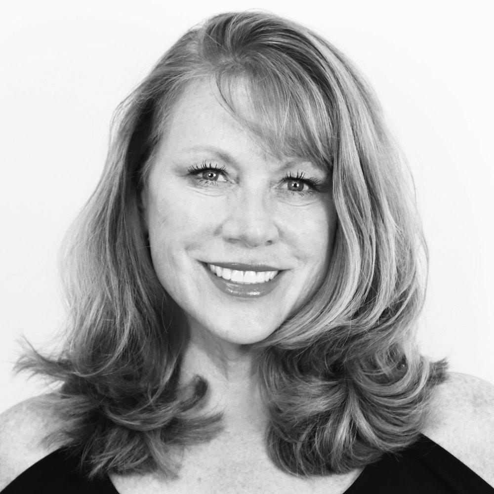 sue kelly - VP, CLIENT RELATIONSStrategic thinker and creative problem solver with global approach to business and growth. She guides our Account Management team for Enterprise Accounts delivering high-value, high-touch programs.Prior to Vivabox, she held positions at Clarins and LVMH.