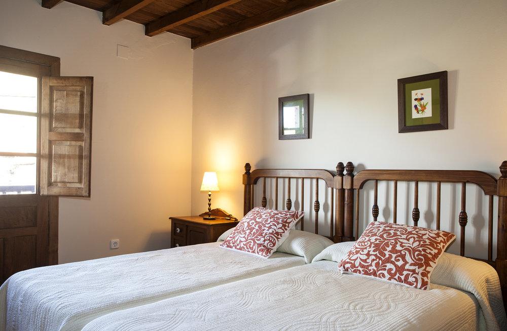 Habitaci+¦n Espinaredo corredor 04.jpg