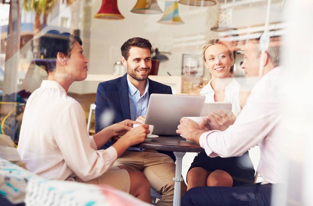 personas-negocios-277863239.jpg