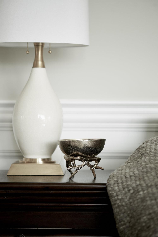 scmurphyllc_Living_room_white_lamp.jpg