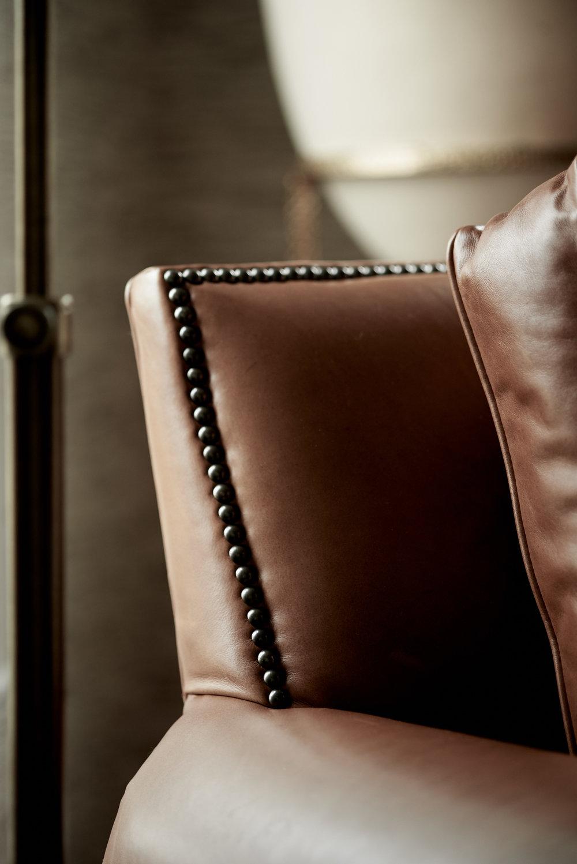 scmurphyllc_Living_room_leather_chair.jpg