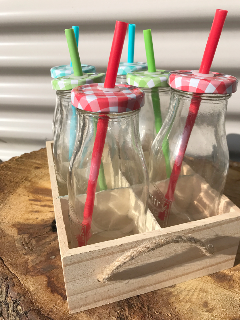 6 milk bottle crate £3.00