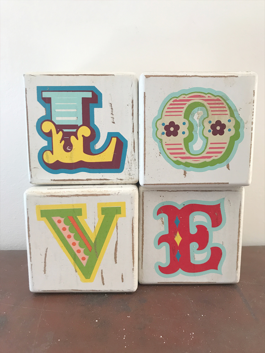 Love sign £2.00