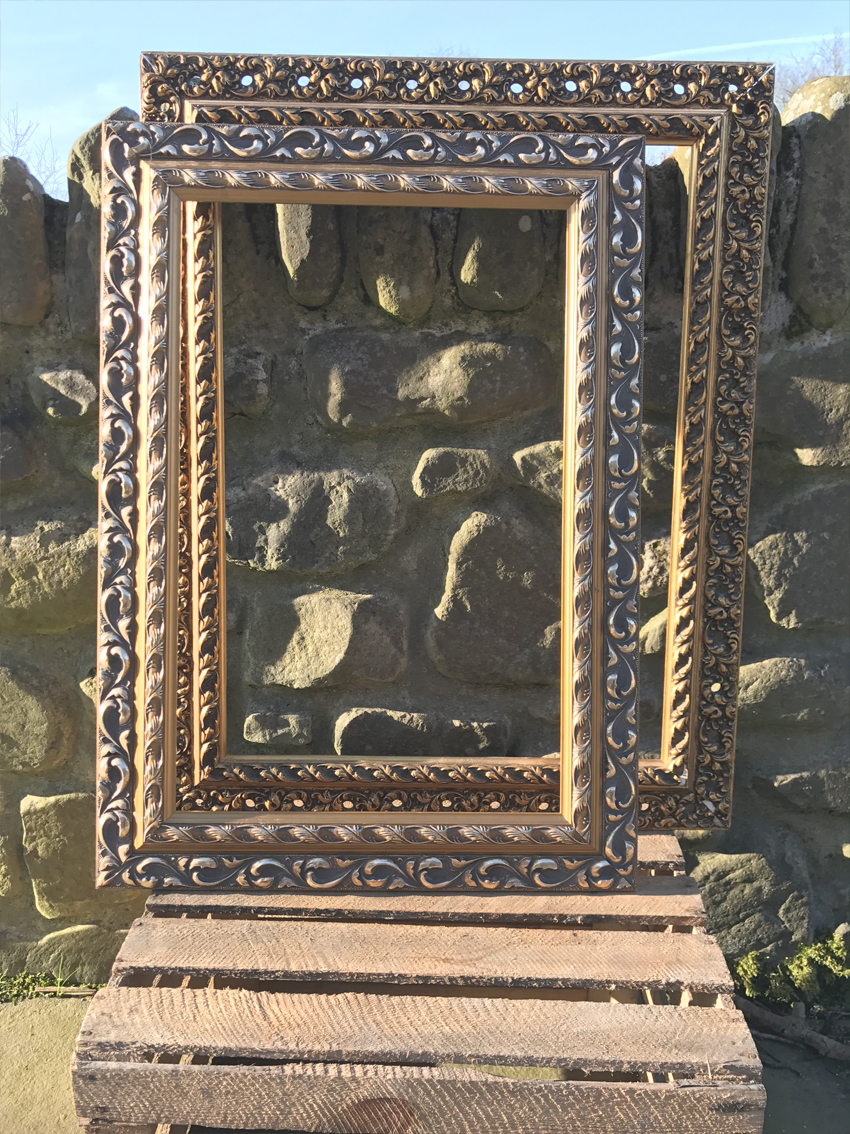 Photo booth gold frames £7.00