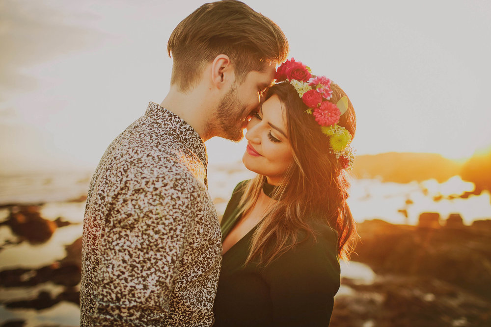 LILIANA AND DUNCAN / CRYSTAL COVE, LAGUNA BEACH, CA ENGAGEMENT