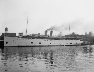 The SS  Eastland . Image from Wikipedia.