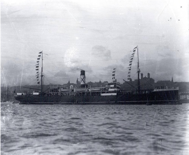 Ships in harbour, St. John's. S.S.  Florizel , with bunting flying, 4 October 1914. Image from Memorial University of Newfoundland, Digital Archives Initiative.