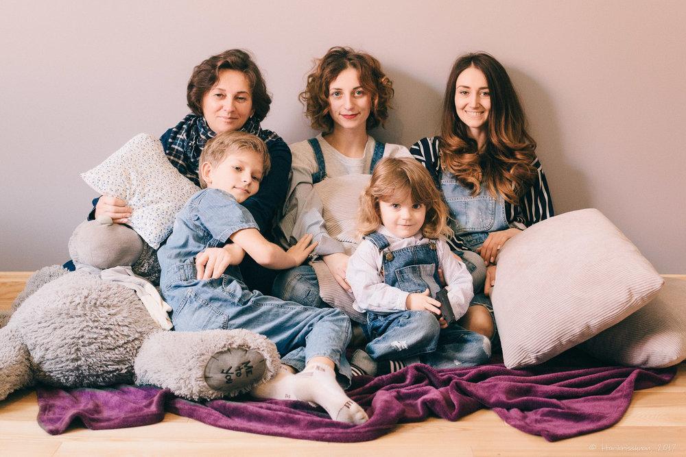 Nila_Family30.jpg