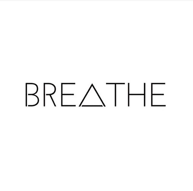 We are almost to the weekend, and we are over here ready to slowwww it down. ⠀⠀⠀⠀⠀⠀⠀⠀⠀ The easiest and most effective way to slow your role is to drop out of the busy thinking mind and tune into the body using your breath. 🌿 ⠀⠀⠀⠀⠀⠀⠀⠀⠀ Try this today for 2 minutes.  1️⃣ close the tab, put the computer to sleep.  2️⃣ close your eyes and place one hand on your abdomen or chest. ⠀⠀⠀⠀⠀⠀⠀⠀⠀ 3️⃣ feel your breath: rising and falling. ⠀⠀⠀⠀⠀⠀⠀⠀⠀ 4️⃣ feel your body and roll your shoulders down. ⠀⠀⠀⠀⠀⠀⠀⠀⠀ Repeat as needed ladies. You hold the power to find your calm as you need it. 👏🏼👏🏼 . . . . . #mindfulness #checkin #breathe #letsbreathe #womens #wellness #getyourcalm #weekend #relax