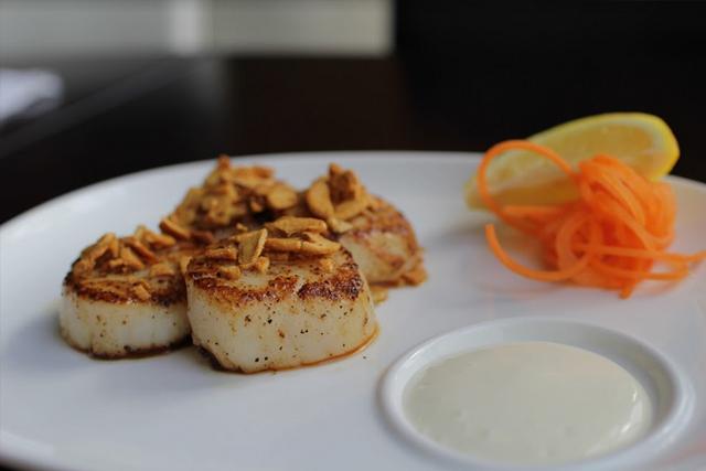 garlic-scallops.jpg