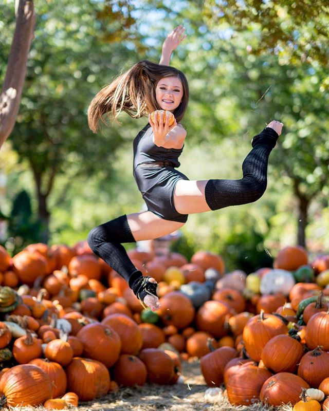 Halloween is almost here! We hope everyone has figured out their costumes and what fun things they are going to be this year. We will be celebrating Halloween week at the studio October 29- November 1. We encourage all of our dancers to dress up in their favorite outfits for this week!!! • • #dance #dancer #dancing #contemporary #contemporarydance #lyrical #lyricaldance #jazz #jazzdance #tap #tapdance #hiphop #photography #ballet #balletdance #dancers #danceclass #competitiondance #competitiondancer #dancestudio #tinydancers #choreography #dancechoreography #dancemusic #minidancer #dancemoms #dancephotography #dancevideo #jointhemovemeant #illustr8urlife