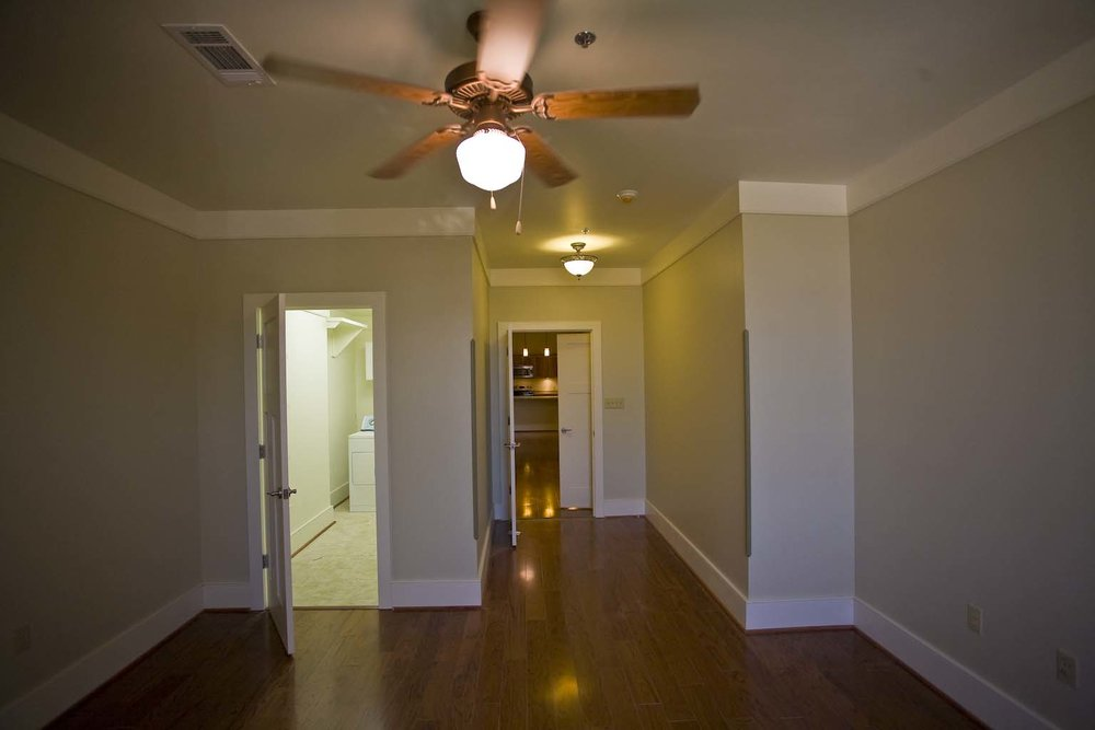 apartment-302_12.jpg