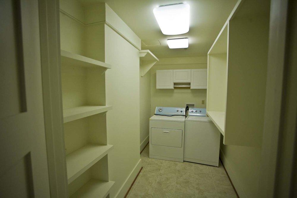 apartment-302_11.jpg