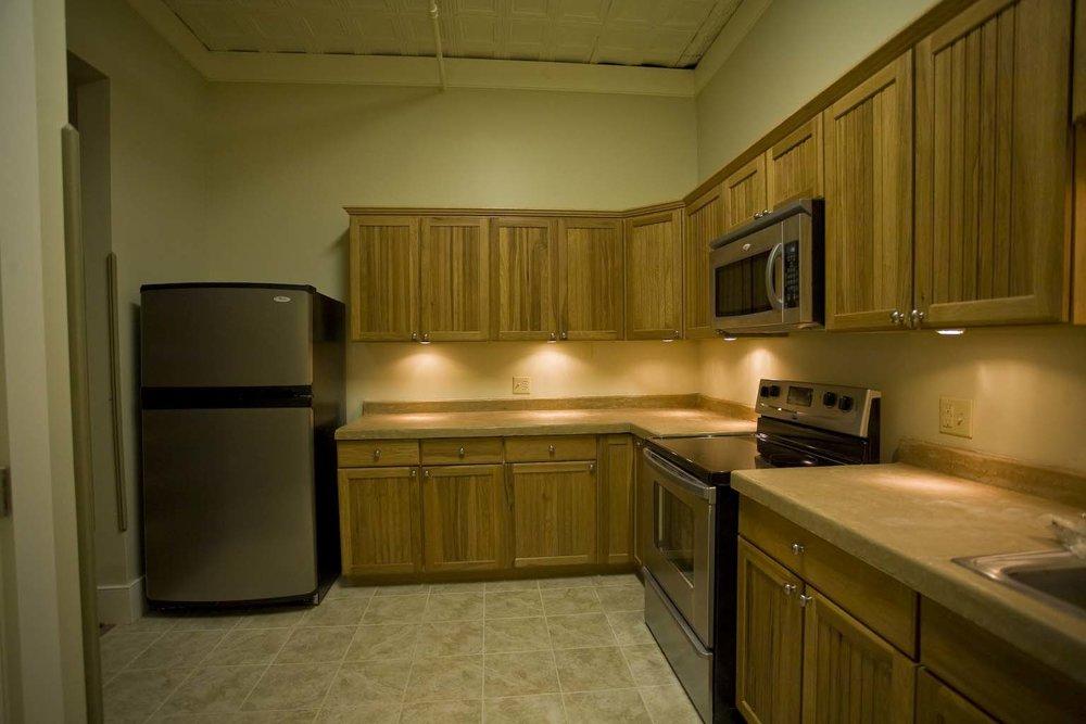 apartment-304_16.jpg