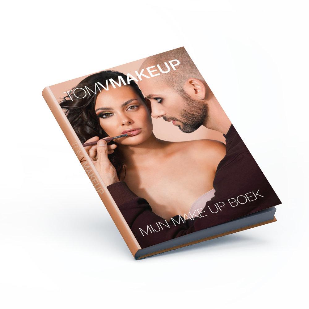 JUDGE A  BOOK  BY IT'S COVER FOR ONCE.  Krijg je kippenvel bij het horen van het woord 'make-up'? Ben je een echte make-up freak? Dan is het boek van TOMVMAKEUP een must-have voor tussen jouw boekencollectie. Meer dan 150 pagina's vol tip's en tricks, geschreven door TOMV zelf, met inspirerend beeldmateriaal dat je zal aanzetten om nieuwe dingen te proberen. Verkrijgbaar via de  webshop!