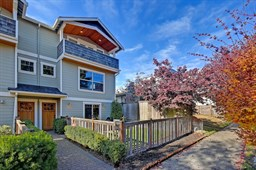 Seattle, WA | Sold for $707,000