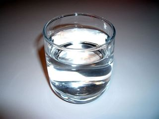 Glass_of_water