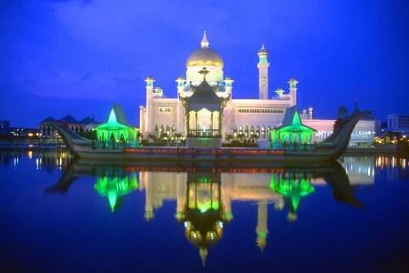 Brunei_palace