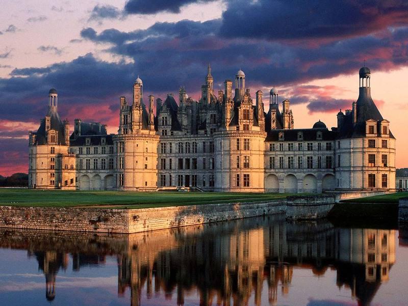 Chateau_de_chambord_castle_loire_va