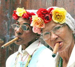 Cuban_cigar_women