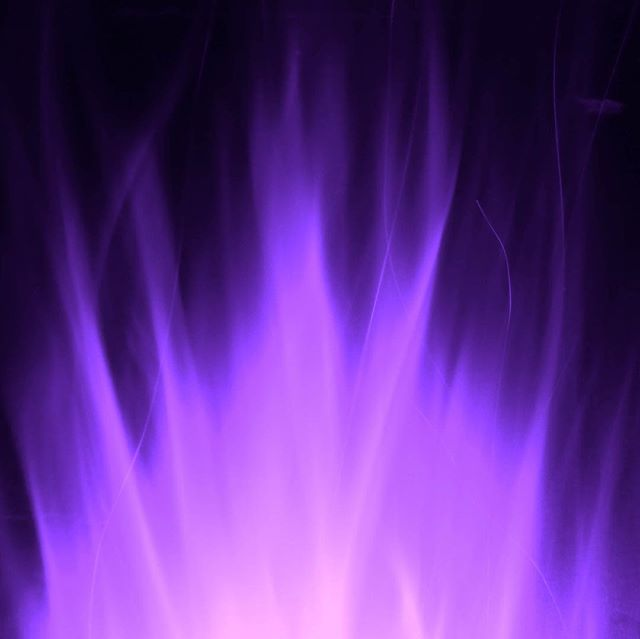 The Violet Flame is a powerful energetic tool available for you to use to cleanse your energy and your body.  Call on The Violet Flame when you'd like to shift any old, stuck energy, remove blockages, revitalise your cells, and heal yourself.  I created a short, powerful visualisation to help you to clear out blocked energy or pain within your body and give your energy a boost.  Listen to this meditation free on @insighttimer via the midweek medi button in my linktree, or search Insight Timer or YouTube for Violet Flame Naomi Goodlet.