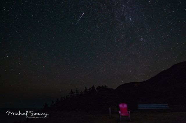 Star gazing at its finest! Spotted! The Perseid Meteor shower on The Cabot Trail through the talented lens of The Photography of Michel Soucy - Cheticamp, Nova Scotia! Check Star gazing and planet spotting off your bucket list with us in Pleasant Bay on The Cabot Trail! Our domes will be equipped with skylights for all your night sky needs. 🌌 #truenorthdestinations #capebretondomedestination #stargazing #pleasantbayonthecabottrail
