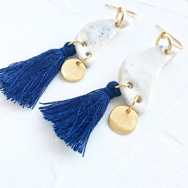 These earrings are inspired by midnight skies. . . Little sliver of a 🌝 moon and a twinkle of a star ⭐️ and the midnight sky tassel colour 💙💙💙• • • • • #outfitinspo #tasselearrings #where #midnightsky #moon #moontattoo #moonjewellery #luna #lunalove #lunareclipse #sky #instamoon #instasky #blue #navyblue #shootingstar #ceramicjewellery #inspiration