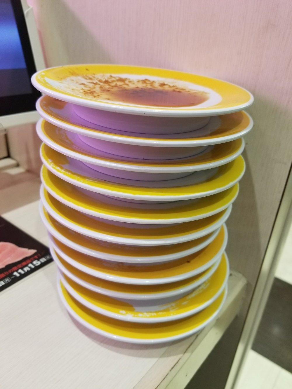 uprooted-traveler-sushi-genki-vegan-guide-to-tokyo-conveyer