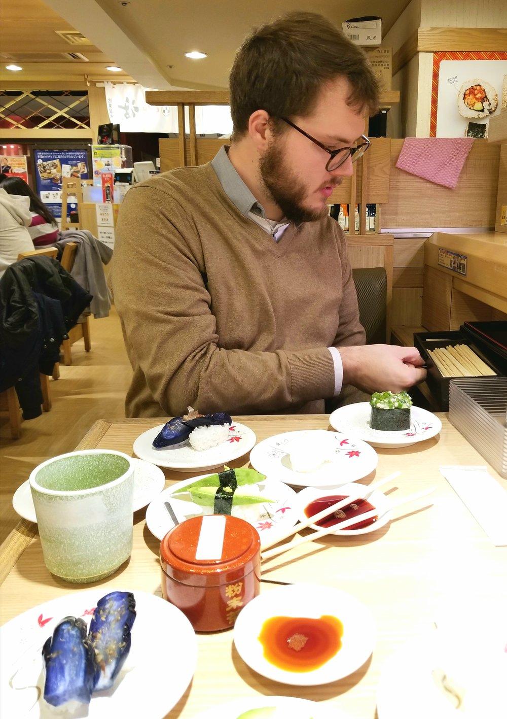 uprooted-traveler-katsu-midori-vegan-guide-to-tokyo-conveyer-sushi