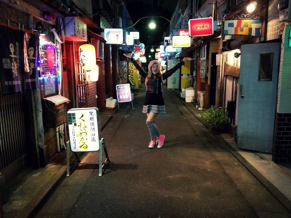 uprooted-traveler-golden-gai-shinjuku-foolproof-guide-to-tokyo