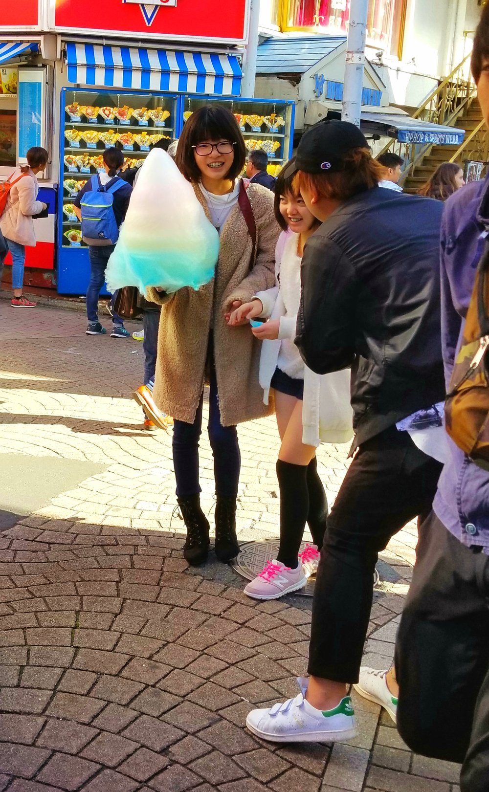 uprooted-traveler-foolproof-guide-to-tokyo-harajuku-totti-candy-factory