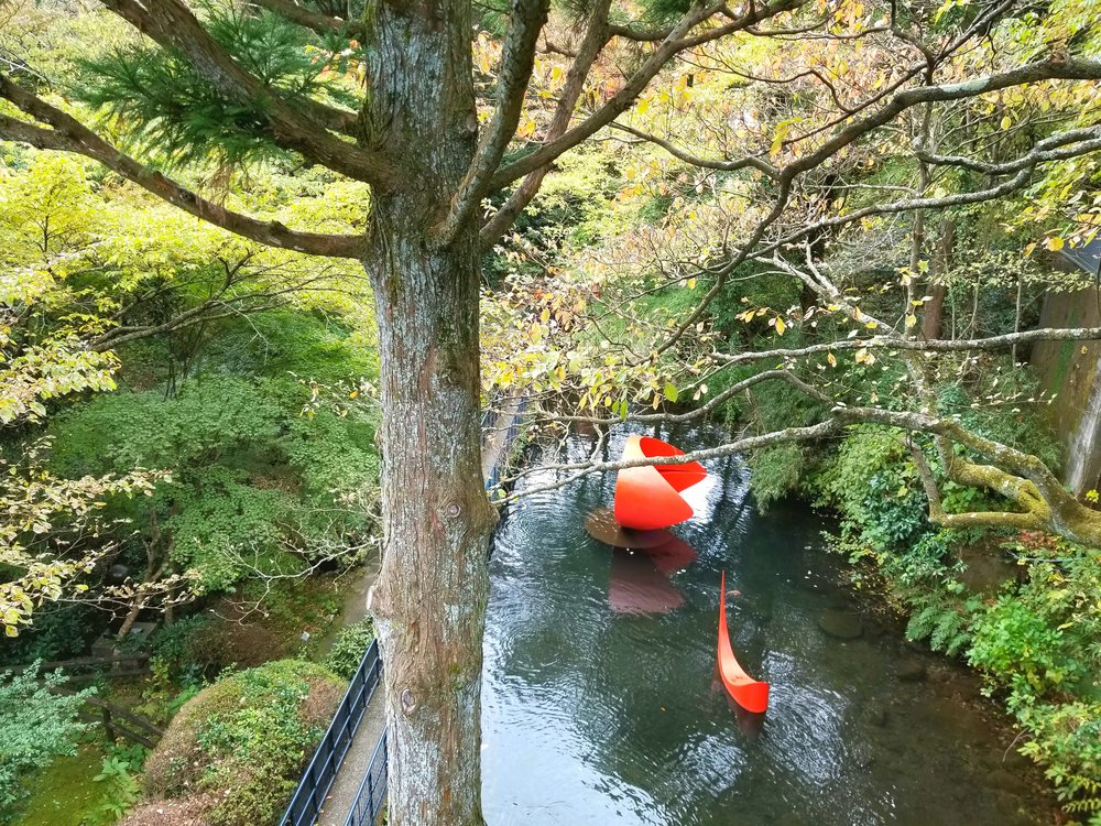 uprooted-traveler-vegan-guide-hakone-open-air-museum