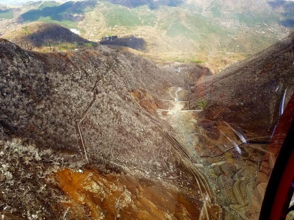 uprooted-traveler-hakone-ropeway-volcano-vegan-guide-hakone