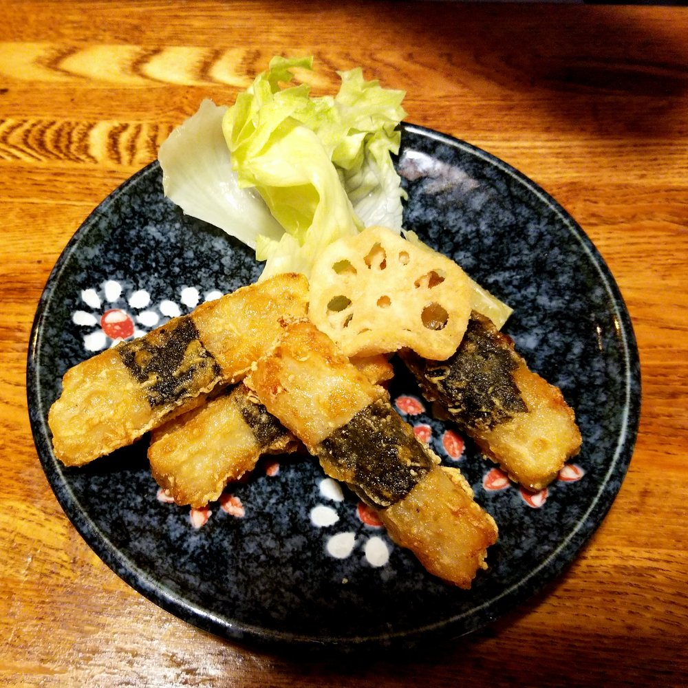 uprooted-traveler-gyoza-center-vegan-guide-hakone-fried-sweet-potato